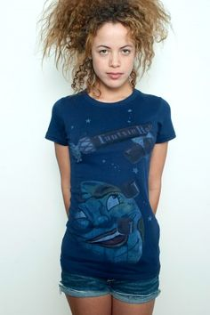 Used Junk Food T shirt Tee 50/50 Tootsie Roll Making The World a Sweeter Place Dark Navy M