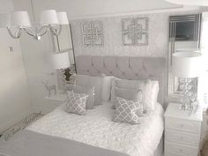 Bedroom ideas, just comfortable room decorating proposal 2529117852 . Grey Bedroom Design, Grey Bedroom Decor, Small Room Bedroom, Dream Bedroom, Home Bedroom, Bedroom Ideas, Suites, Luxurious Bedrooms, My New Room