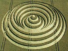 Crop Circle, esferas, luna, moon,