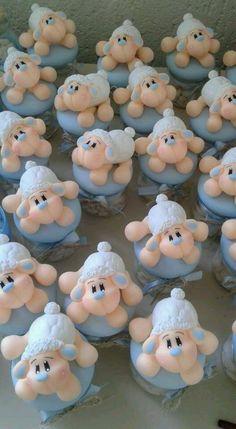 Lembrancinhas de ovelha no vidrinho.  Quantidade mínima 10 unidades.
