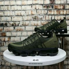 Drop shipping Nike Air Vapormax Flyknit 2018 Army Green With a sleeker take on the original design, the Nike Air VaporMax Flyknit Running Shoe delivers a lightweight, bouncy ride. An elastic nikesaleshoes.com