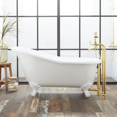 Erica Cast Iron Clawfoot Tub White Imperial Feet Rolled Rim No Holes. classic slipper clawfoot tub with continuous rolled rim features imperial feet. This slipper tub is designed to replace built-in tubs. Bathroom Interior, Modern Bathroom, Small Bathroom, Master Bathroom, Bathroom Ideas, Master Baths, Bathroom Goals, Bath Ideas, Bathroom Inspiration