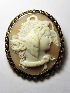 TERRIFIC ANTIQUE VICTORIAN ITALIAN GOLD SHELL CAMEO BROOCH MEDUSA SIGNED c1870