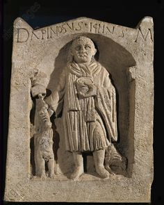 Apinosus Iclius with a hammer and a cup in his hands. Funeral stele from Entrains (Nievre), France Musee des Antiquites Nationales, St-Germain-en-Laye, France Roman Sculpture, Modern Sculpture, Lion Sculpture, Ancient Rome, Ancient Art, Art Romain, Roman Britain, Celtic Culture, Classical Art