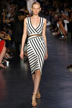 See the complete Altuzarra Spring 2015 Ready-to-Wear collection.
