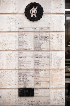 Wall menu at O'petit En'k, Bordeaux, France by Studio Hekla Food Graphic Design, Food Menu Design, Cafe Design, Menu Signage, Wayfinding Signage, Lofts, Restaurant Bordeaux, Architecture France, New York Style