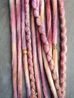 Hey, diesen tollen Etsy-Artikel fand ich bei https://www.etsy.com/de/listing/229953832/10-petals-tie-dye-wool-synthetic