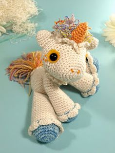 Free unicorn amigurumi pattern