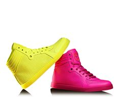 Get on my feet now! Gucci - coda neon pink leather sneaker