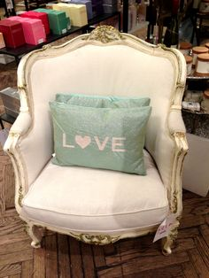How important it is to be comfortable! #lovecushion