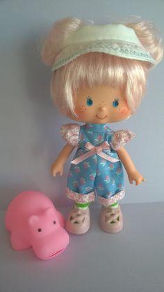 Cotton Candy and Bubblegum Vintage Strawberry Shortcake, Custom Dolls, Antique Toys, Bubble Gum, Vintage 70s, Cotton Candy, Girl Dolls, Paper Dolls, Childhood Memories