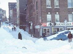 The blizzard of 1978 is still the storm by which all others are measured. This section was in Massachusetts. Newark Ohio, Akron Ohio, Detroit Michigan, Cleveland Ohio, Columbus Ohio, Cincinnati, Old Pictures, Old Photos, Worcester Massachusetts