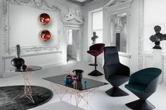 Pivot chairs by Tom Dixon. Love those structural tables too! In CLUB by Tom Dixon. Design Furniture, New Furniture, Chair Design, Copper Furniture, Club Furniture, Milan Furniture, Tom Dixon Lighting, Interior Design Trends, Modern Interior