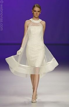 Eye-catching wedding gown in beautiful Organza and Satin. This dress could easil… Eye-catching wedding gown in beautiful Organza and Satin. This dress could easily be worn long after your nuptials for any special occasion. Elegant Dresses, Beautiful Dresses, Lace Dress, Dress Up, Gala Dresses, Best Wedding Dresses, African Fashion, Designer Dresses, Ideias Fashion