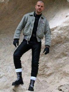 Skinhead Men, Skinhead Boots, Alpha Shirt, Leather Men, Leather Jacket, Skin Head, Bomber Jacket Men, Trends, Cute Guys