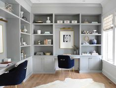 11 Stunning Home Offices With Feminine Desks. Big pretty work spaces that appeal to people looking for pretty desks. Office Built Ins, Built In Desk, Built In Shelves, Shared Office, Home Office Space, Home Office Design, Home Office Decor, Office Ideas, Office Designs