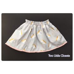 A super cute skirt in unicorn print and little pompom trim will look lovely on your girl also it's so comfortable as it's made of cotton Available size 1 to 5 years old Boho Shorts, Unicorn, Kids Fashion, My Etsy Shop, Trending Outfits, Skirts, Vintage, Shopping, Skirt