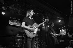 Article and Photo Credit: Matt Harding With barefoot front man and guitarist Spencer Morphy leading the way, The Velveteins came out swinging July 12 at The Mint, a historic Los Angeles venue estab…