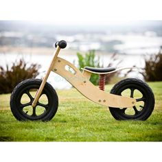 Mocka Bounce Bike - these are so cool Wooden Scooter, Wooden Bicycle, Wood Bike, Educational Toys For Kids, Kids Toys, Kids Cycle, Diy Go Kart, Push Bikes, Balance Bike