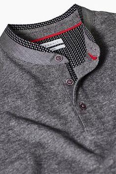 The band collar with polka dot piping makes this long sleeve piqué top a smart essential piece. Polo Shirt Style, Mens Polo T Shirts, Collar Shirts, Kurta Pajama Men, Kurta Men, Fashion Wear, Mens Fashion, Mens Kurta Designs, Mens Designer Shirts