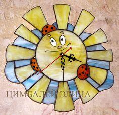 """Витражные часы""""Солнышко на облаке"""" - солнышко,солнце,божьи коровки,авторские часы"""