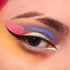 @Claropsyche's Juliana Horner on Bold Makeup