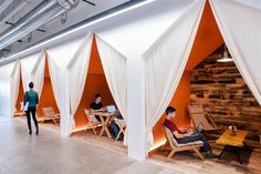 Now that every big startup has an open seating plan and giant amphitheater, what's next in office design? Airbnb office in SF Workspace Design, Office Workspace, Office Interior Design, Office Interiors, Office Spaces, Office Designs, Work Spaces, Fun Office Design, Office Cubicles