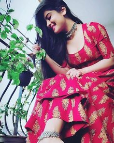 Image may contain: 1 person Best Photo Poses, Girl Photo Poses, Girl Photos, Indian Wedding Photography Poses, Fashion Photography Poses, Stylish Girls Photos, Stylish Girl Pic, Stylish Photo Pose, Saree Poses