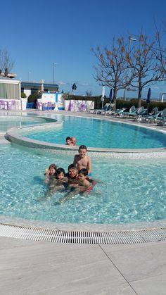 Bel bagno nella nostra piscina riscaldata!