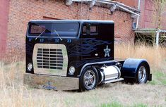 """""""American Trucker"""" host Robb Mariani's Custom chopped top Ford W9000. I can't believe how much I love this old Ford."""