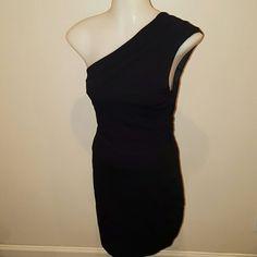 Express One Shoulder Black Dress. XS Worn once. Side zipper. Express Dresses One Shoulder