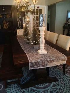 Simple yet elegant Christmas decor