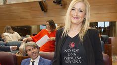 Cristina-Cifuentes-camiseta-Juegos-Tronos.