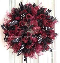 University of SC GAMECOCKS Deco Mesh Dorm Tailgating Wreath Garnet & Black. $45.00, via Etsy.