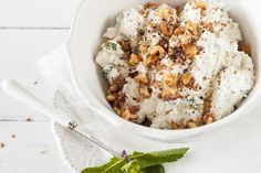 Dr OZ Cottage Cheese Bowl: This breakfast recipe is packed with protein, calcium, and vitamin A.