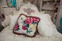 junk gypsy fleamarket tent with decoupage bed. from the junk gypsies series on hgtv. reruns now on Great American Country, gactv!