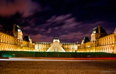 The Musée du Louvre contains more than 380,000 objects and displays 35,000 works of art in eight curatorial departments with more than 60,600 square metres (652,000 sq ft) dedicated to the permanent collection. The Louvre exhibits sculptures, objets d'art, paintings, drawings, and archaeological finds. It is the world's most visited museum, averaging 15,000 visitors per day, 65 percent of whom are foreign tourists.