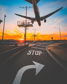 Amazing shot! Such Travel Inspiration! Airplane photography, plane landing, airport photography, airport photos.
