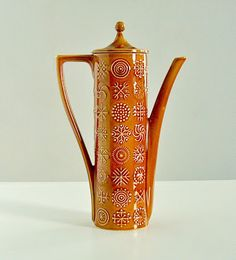 Potshots: Anyone for coffee? Portmeirion Totem from the 1960s. Smitten with this pattern.