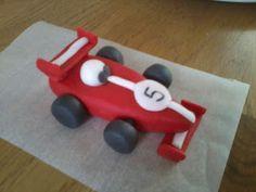 Tutorial on making fondant objects like this formula 1 car