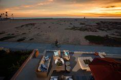 Newport Oceanfront - Blackband Design