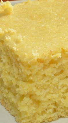 Knock Your Socks Off Cornbread ~ This cornbread isn't loaded with corn, bacon, jalapenos, or anything fancy….but it still will knock your socks off - The best! A tasty, sweet cornbread that is sure to please any crowd! Naan, Baking Recipes, Dessert Recipes, Amish Recipes, Biscuit Bread, Yeast Bread, Good Food, Yummy Food, Gateaux Cake
