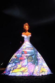franck-sorbier-haute-couture-autumn-2012-10