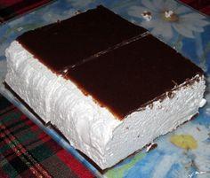 Птичье молоко многие привыкли покупать для того чтобы полакомиться, но Вы с легкостью сможете приготовить этот торт дома.