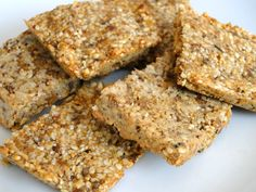 3 ingredients is all it takes to make these energy packed Sesame Bars. Great to take on your long weekend ride. Sweet Recipes, Real Food Recipes, Dessert Recipes, Healthy Recipes, Y Food, Good Food, Grape Nutrition, Fig Bars, Dried Figs