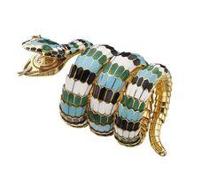 Place Vendôme: Les indétrônables classiques des maisons de joaillerie bijoux Serpenti Bulgari