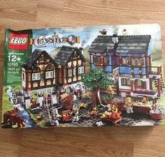 LEGO Castle 10193 – Medieval Market Village,