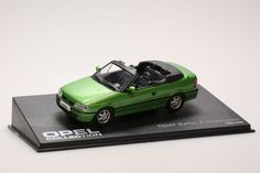 (V214)Opel Collection : Miniature Opel Astra F cabriolet 1/43 - Ixo