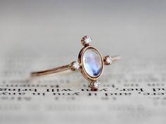 14k Rainbow Moonstone Diamond Ring Star Ring Starburst Ring