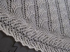 flambe detail by lynnandevelyn,   one skein shawl via ravelry